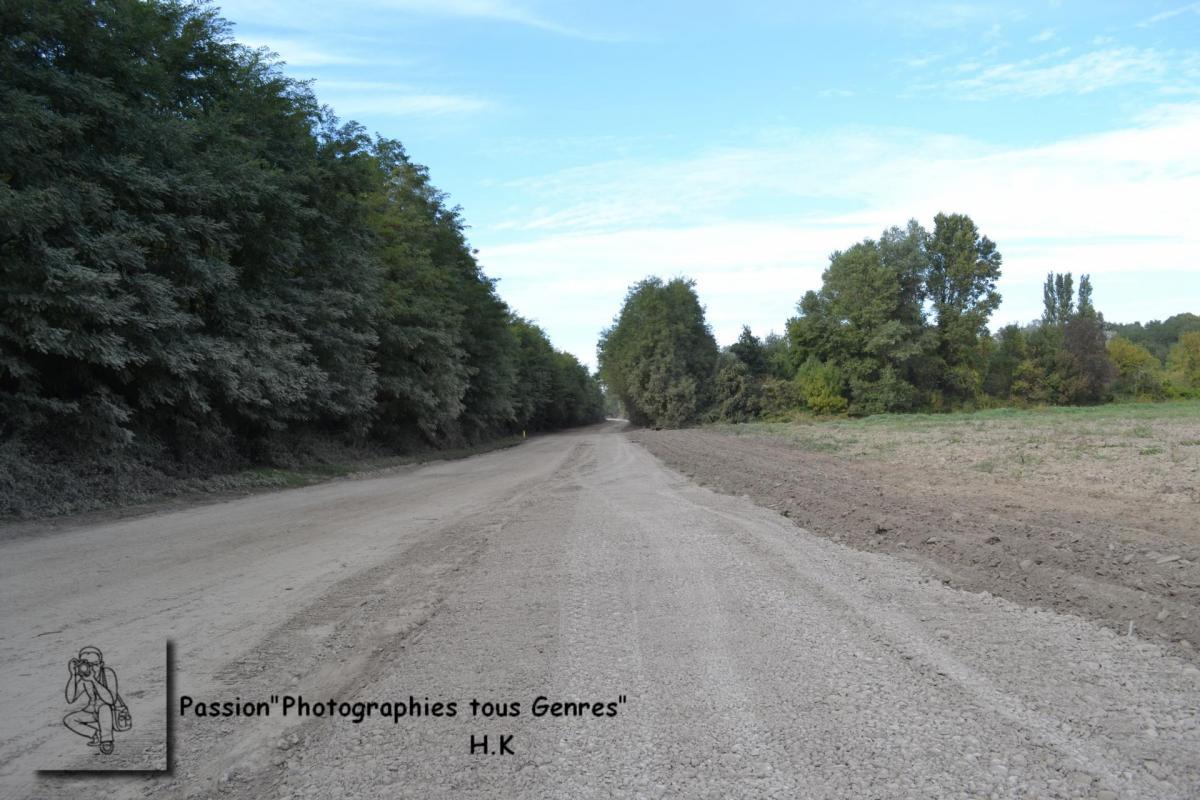 Le terrassement effectuè avec le gravier de la Drôme.